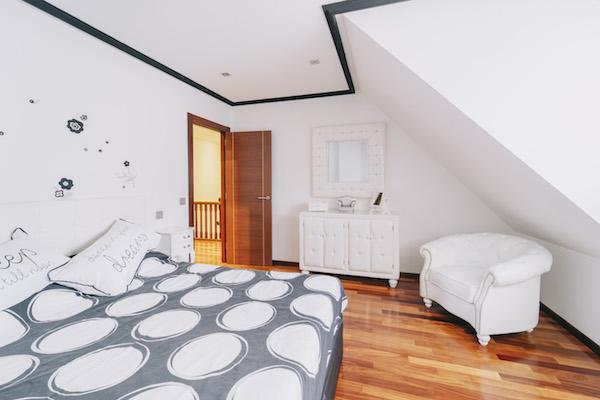 duplex de 4 habitaciones venta en oviedo